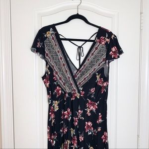 Xhilaration | Floral Boho Dress w Asymmetrical Hem